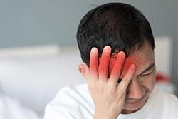 Болит голова и лоб